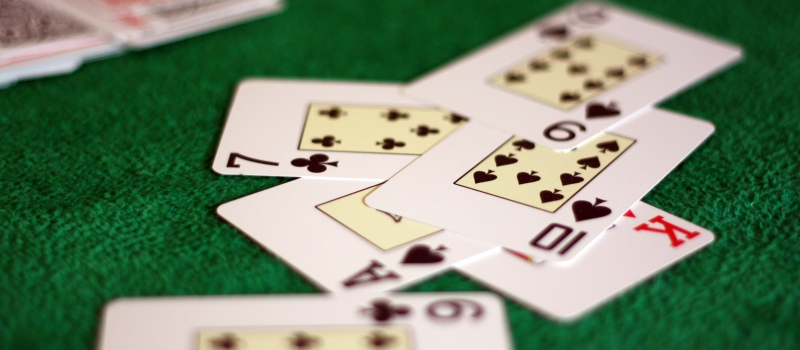 Online Poker Betting Structure